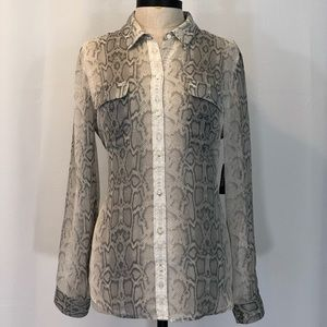 NWT. OLD NAVY SNAKESKIN LONG SLEEVE BLOUSE SIZE L